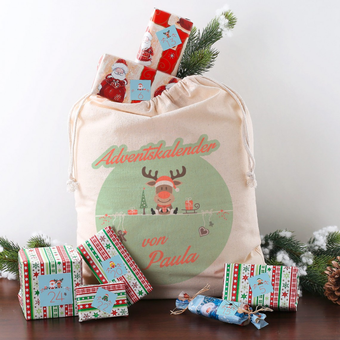 DIY Adventskalender mit Baumwollsack und Aufklebern
